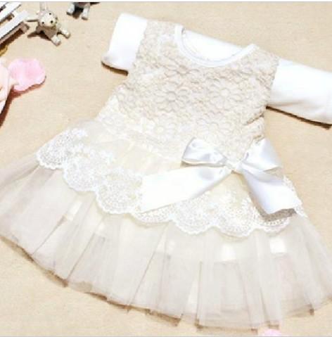 Společenské dětské bílé šaty 1