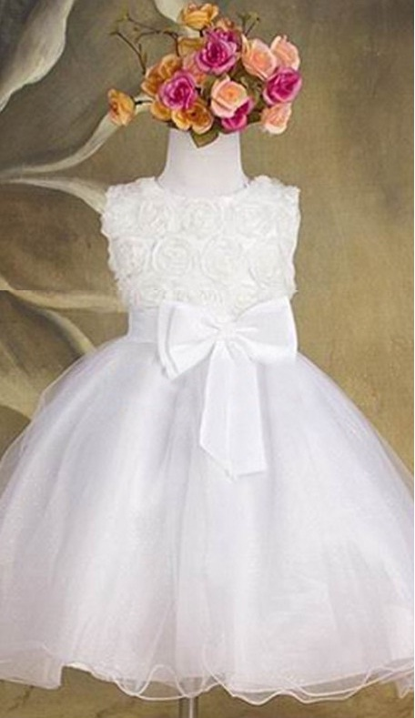 Společenské dětské bílé šaty 2