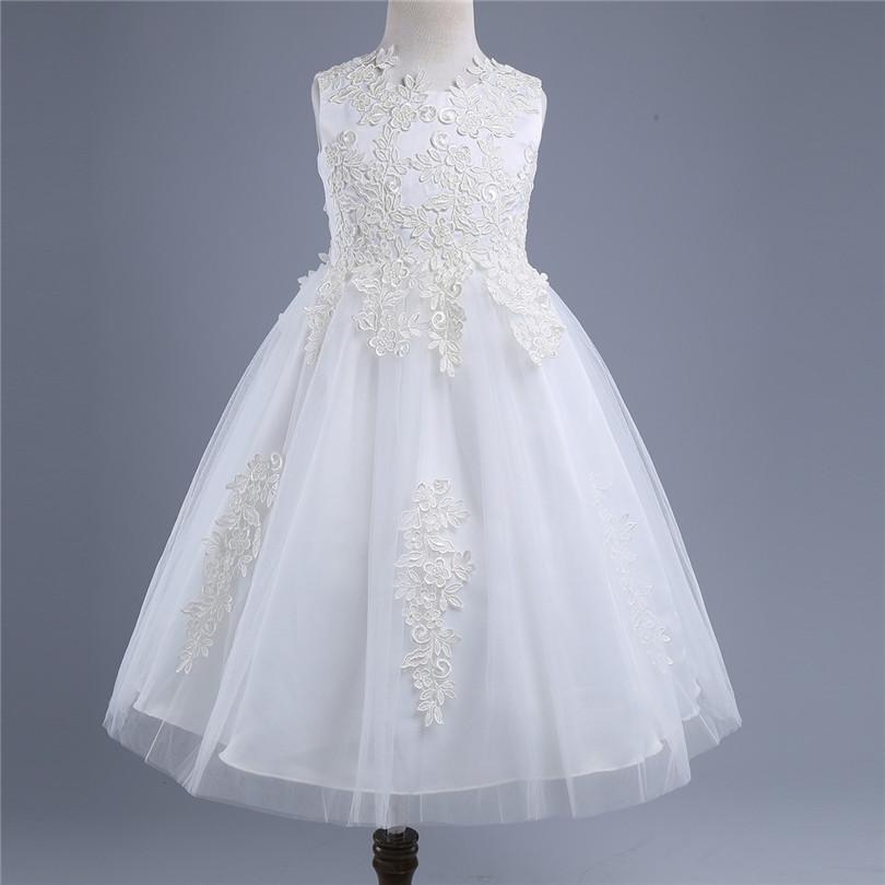 Společenské dětské bílé šaty 3