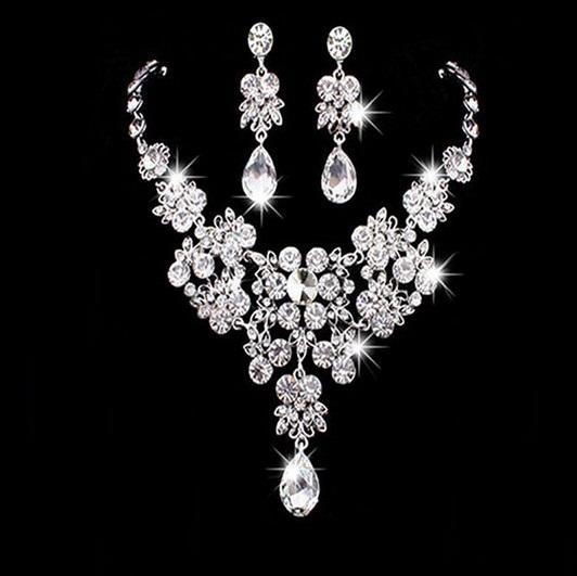 Svatební souprava šperků s krystaly, DIAMOND