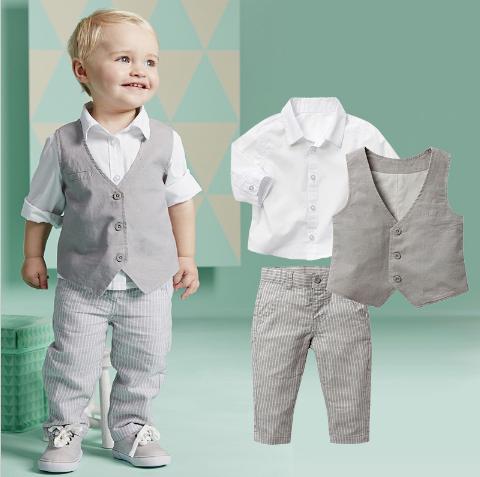Chlapecký společenský oblek