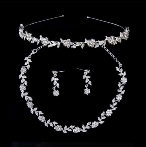 Souprava šperků (náušnice a náhrdelník) FLOWER V, svatební