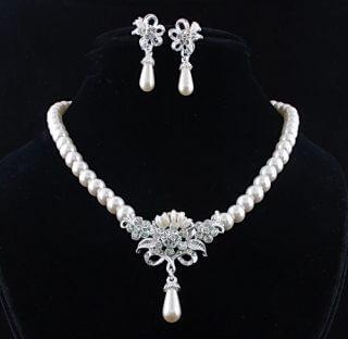 Souprava perlových šperků (náušnice a náhrdelník) ROMANTIC d7661f4eeb2