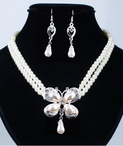 Souprava perlových šperků (náušnice a náhrdelník) BUTTERFLY, svatební