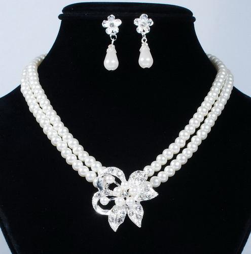 Souprava perlových šperků (náušnice a náhrdelník) FLOWER, svatební