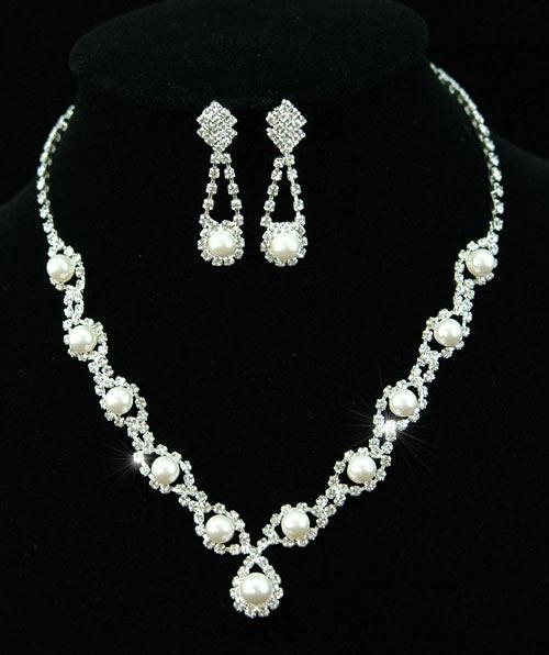 Souprava perlových šperků (náušnice a náhrdelník) RHINESTONE, svatební