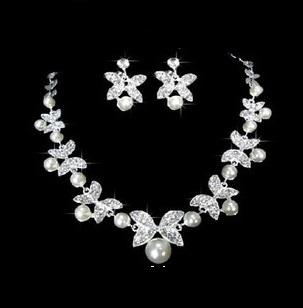 Souprava šperků (náušnice a náhrdelník) FLOWER II, svatební