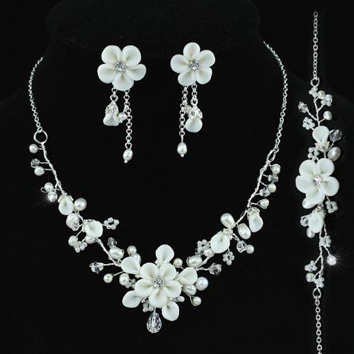 Souprava šperků (náušnice a náhrdelník) MAGIC FLOWERS, svatební